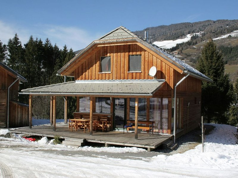 Appealing Holiday Home in Sankt Georgen ob Murau with Sauna, holiday rental in St. Lambrecht