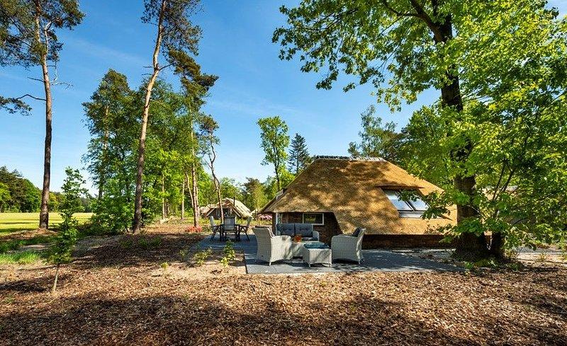Sprielderbosch 44 Luxushaus in waldreicher und ruhiger Umgebun, vacation rental in Kootwijk