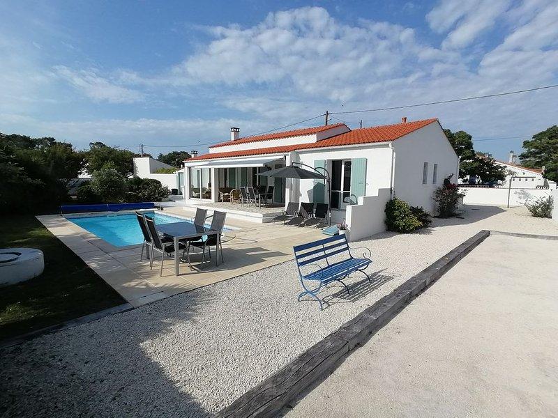 Villa 3chambres avec piscine chauffée . Location du dimanche au dimanche, vakantiewoning in Saint-Georges d'Oléron