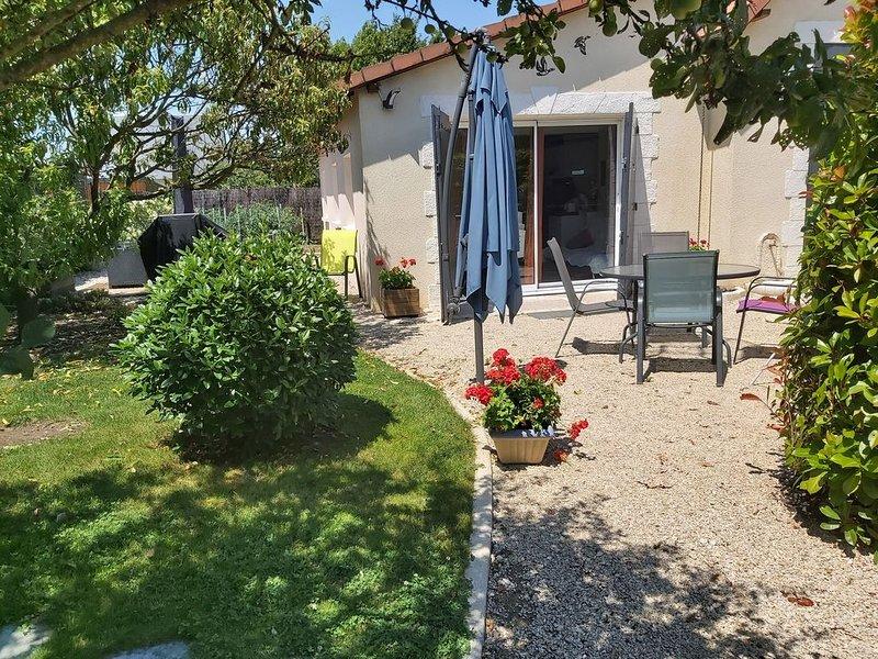 Maisonnette au coeur des Chateaux de la Loire, holiday rental in Montlivault