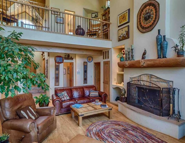 Majestic Mountain Home, holiday rental in Angel Fire