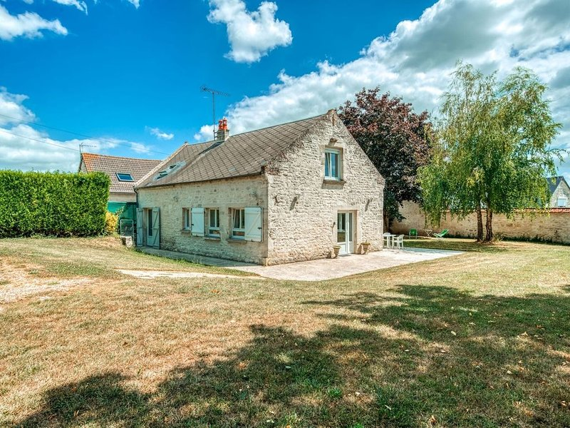 Cozy Farm House in Boncourt with Barbeque, vacation rental in Aisne
