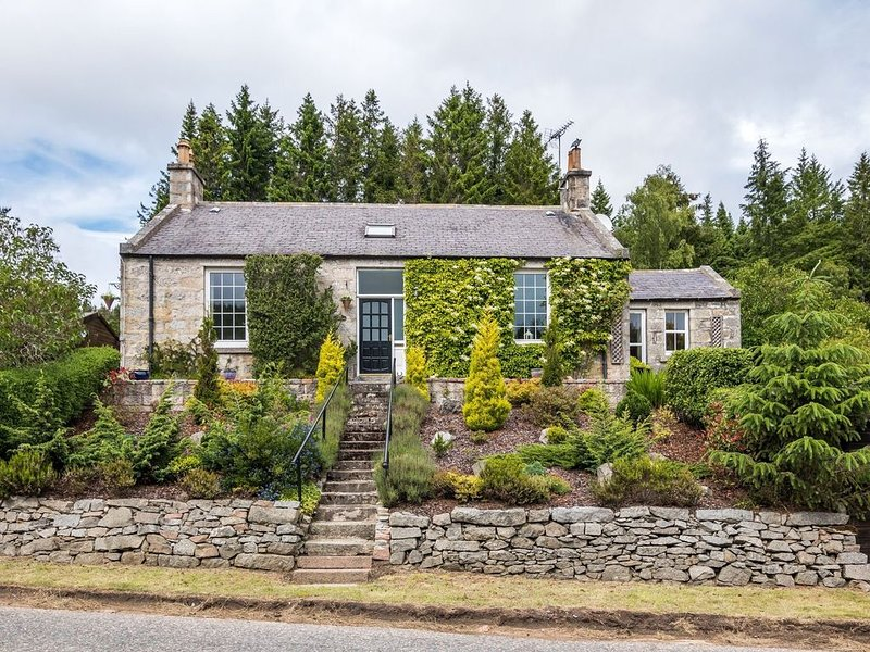 Quaint Holiday Home in Inverurie near Castle Fraser, location de vacances à Oldmeldrum