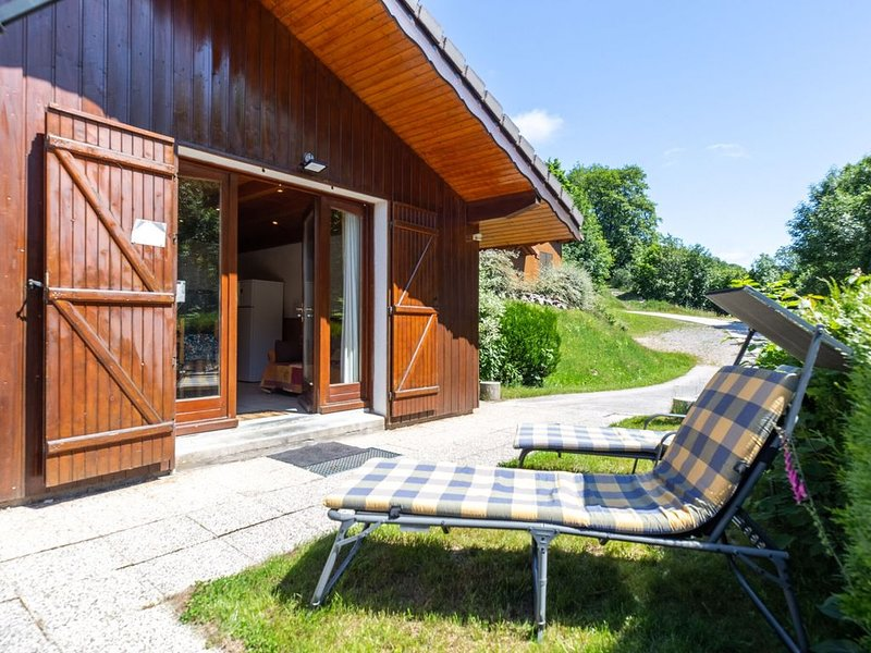 Remote chalet in La Bresse with Terrace, vacation rental in La Bresse