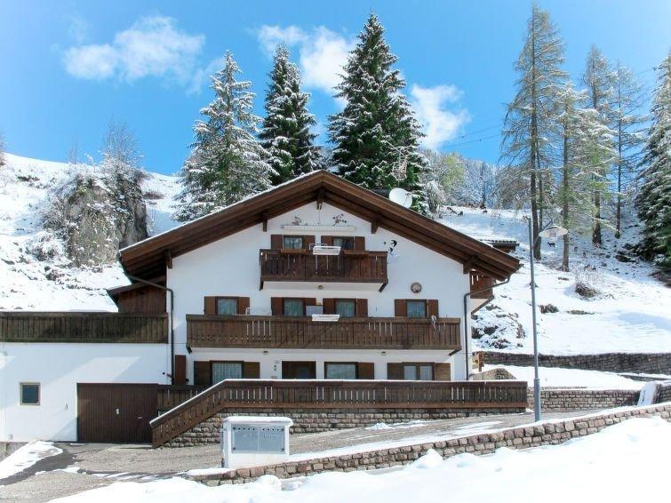 Ferienwohnung Danila (CPO180) in Campitello - 5 Personen, 2 Schlafzimmer, holiday rental in Campitello di Fassa