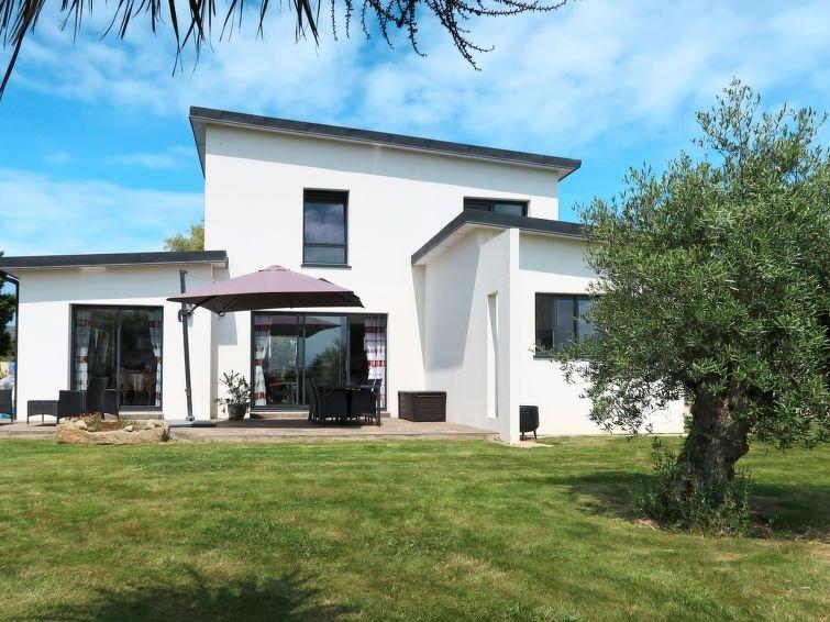 Ferienhaus Les Hortensias (PLG209) in Plougasnou - 6 Personen, 4 Schlafzimmer, vacation rental in Saint-Jean-du-Doigt