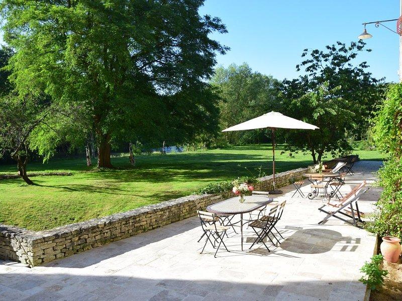 Chambres d'hôtes à 2 pas du Futuroscope et de l'A10., holiday rental in Neuville de Poitou