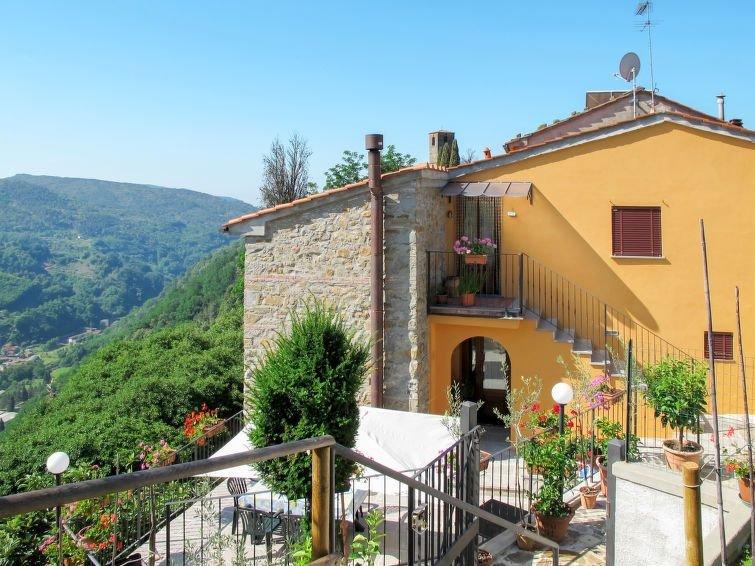 Ferienhaus Poggetto Pellegrini (PCA300) in Pescia - 8 Personen, 4 Schlafzimmer, holiday rental in Lanciole