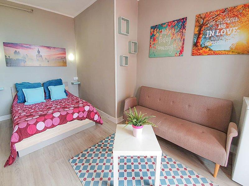 Coral Studio + wifii, holiday rental in Punta Brava