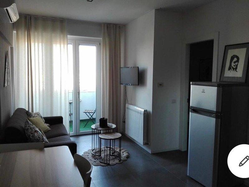 Casa Vacanze/Lavoro Centro Mare, holiday rental in Carpegna