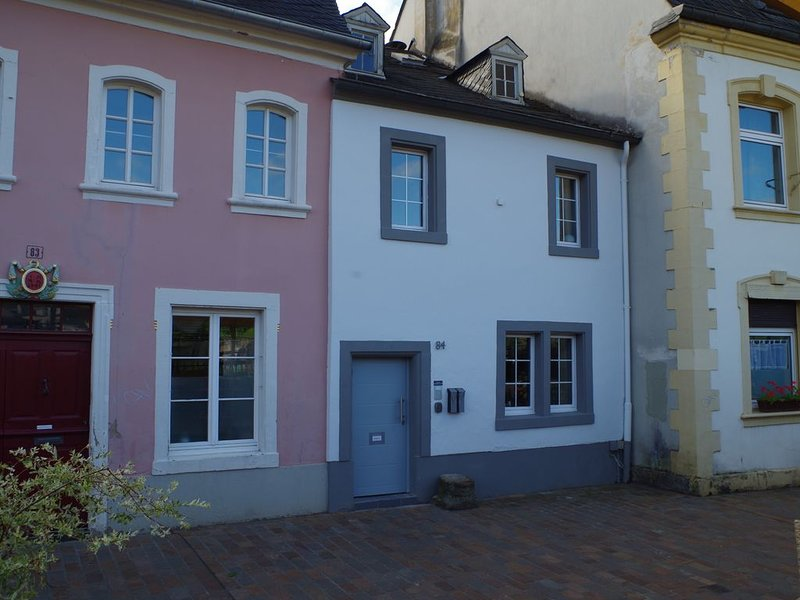 Wohnen am Trier Moselufer, holiday rental in Serrig