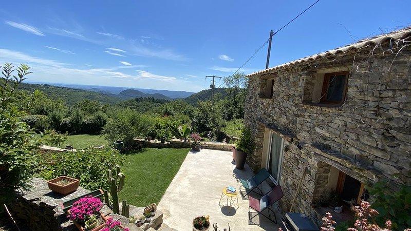Vue exeptionnelle, Cezas, location de vacances à La Cadière-et-Cambo