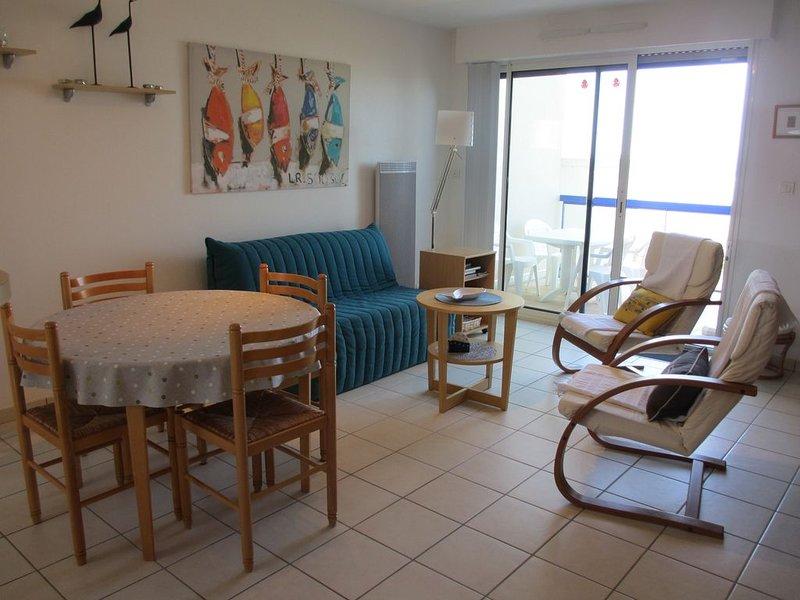appartement duplex standing pleine vue mer, location de vacances à Saint-Nic