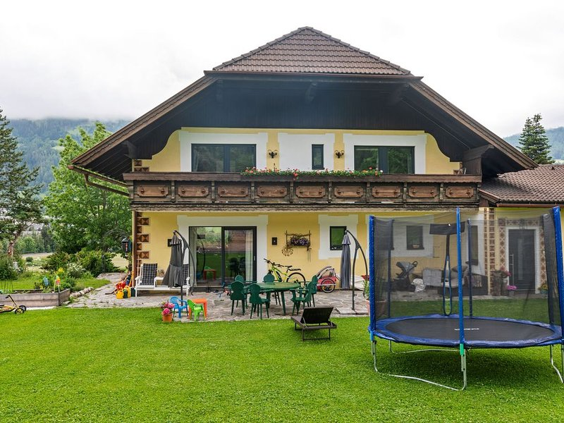 Spacious Apartment in Katschberg with Pool, location de vacances à St. Margarethen