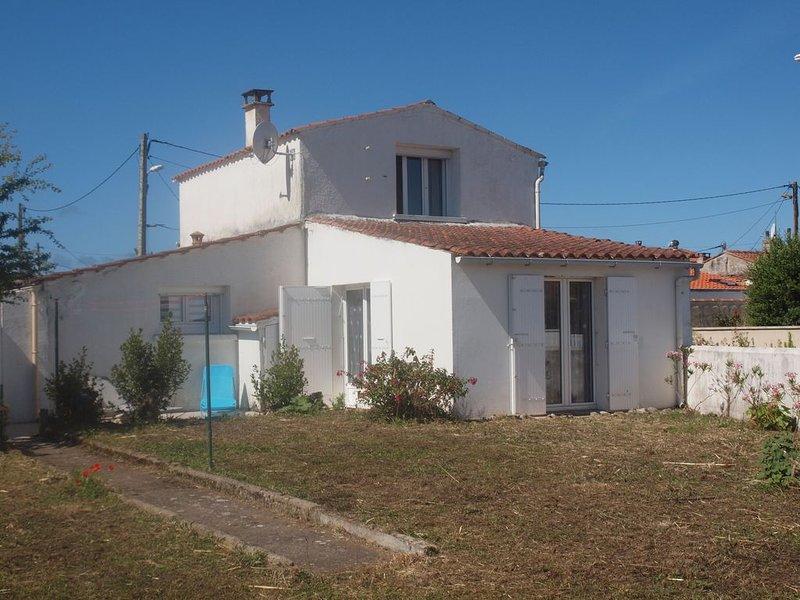 Charmante maison de vacances, idéal famille, casa vacanza a Saint-Denis d'Oleron