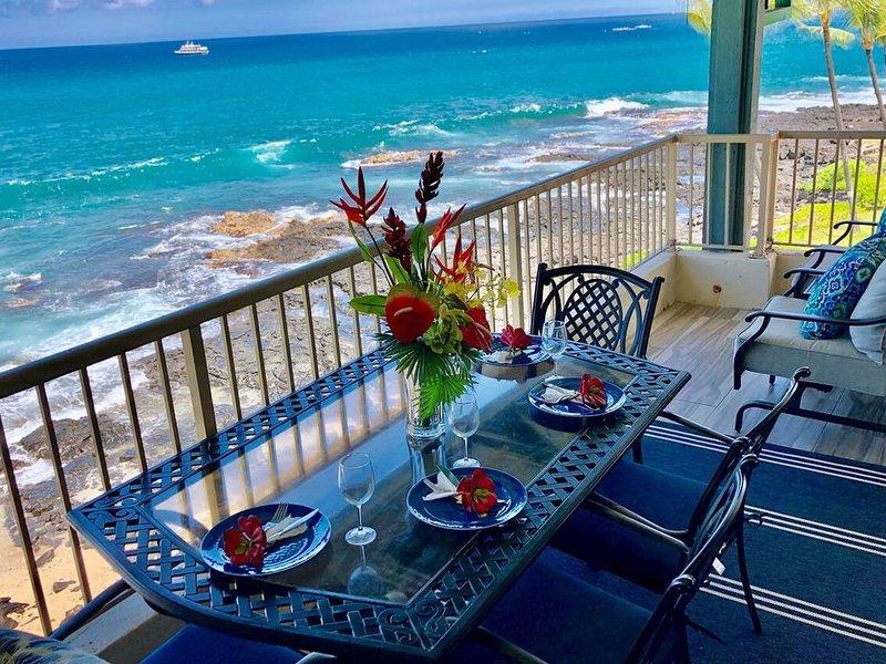 Kona Reef 2 Bedroom Oceanfront Penthouse, vakantiewoning in Kailua-Kona
