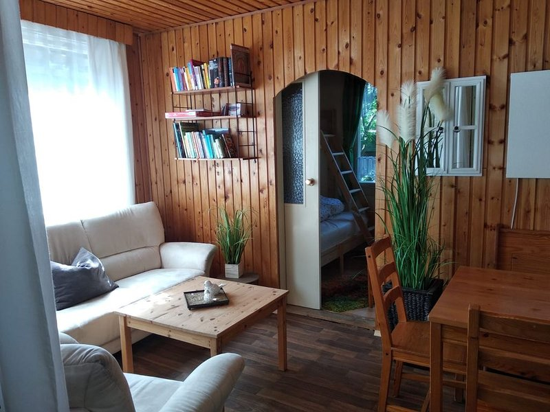 Bungalow im Wald am Königsee / Naherholungsgebiet Plötzky, casa vacanza a Magdeburg