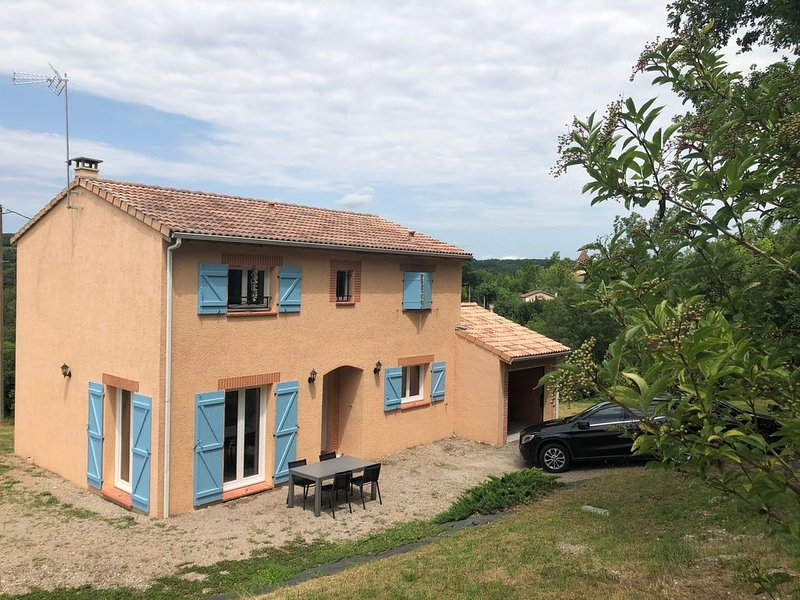 Dans le triangle d'Or, maison récente tout confort, holiday rental in Andillac