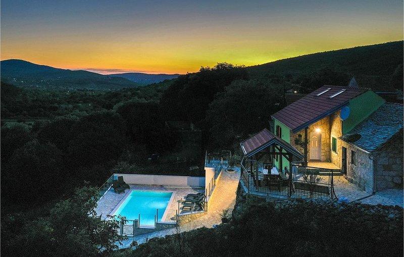 4 Zimmer Unterkunft in Brstanovo, location de vacances à Donje Ogorje