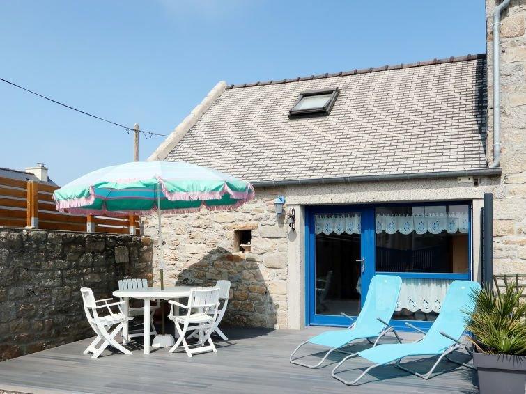 Vacation home in Santec, Finistère - 2 persons, 1 bedroom, location de vacances à Santec
