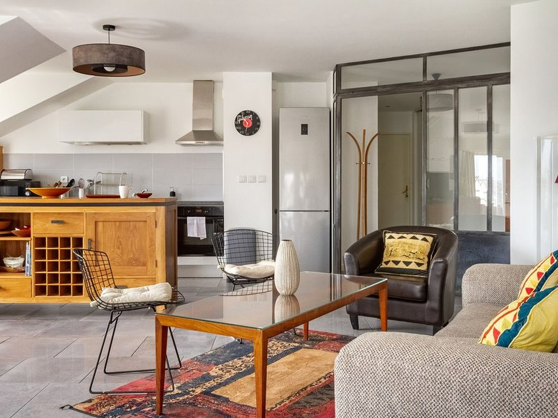 Epicea- Spacieux 3 chambres avec parking., casa vacanza a Saint Herblain