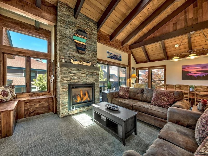 Major 2020 Remodel! Ski, Beach and Family Retreat unit 459, filtered lakeviews!, vacation rental in South Lake Tahoe