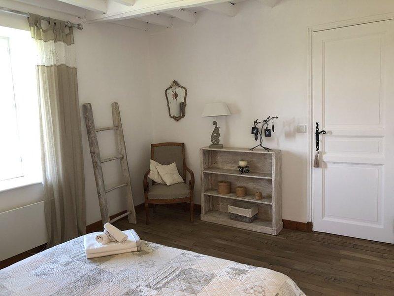 Maison de Campagne Familiale, holiday rental in Le Mayet-de-Montagne