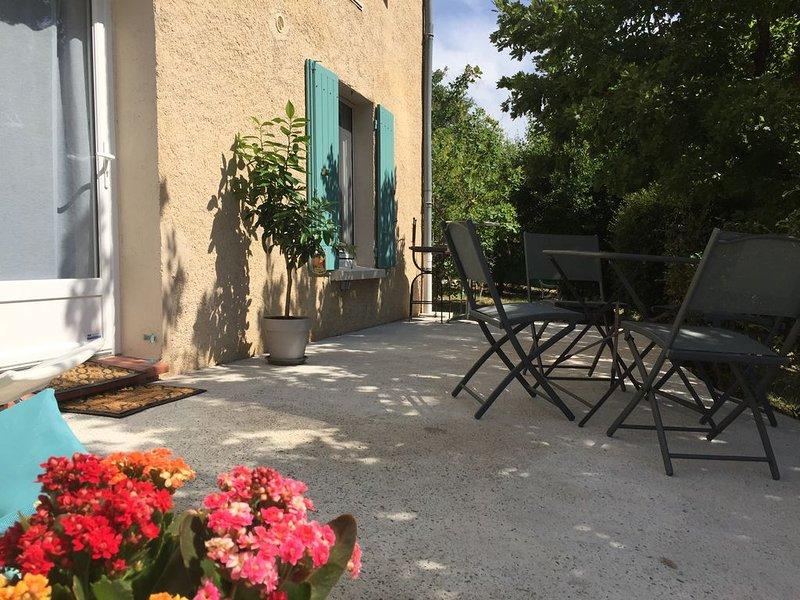 Petit nid au calme, holiday rental in Limans