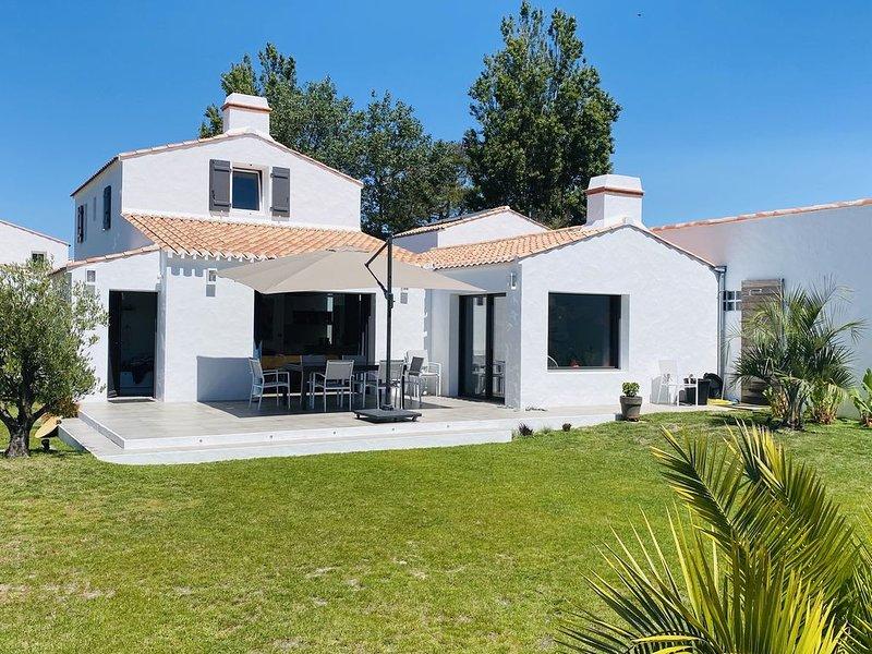 Maison neuve 4* située à 60m de la plage !, vacation rental in La Gueriniere