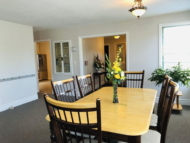 Downtown Whitehorse Deluxe Rental, vacation rental in Whitehorse