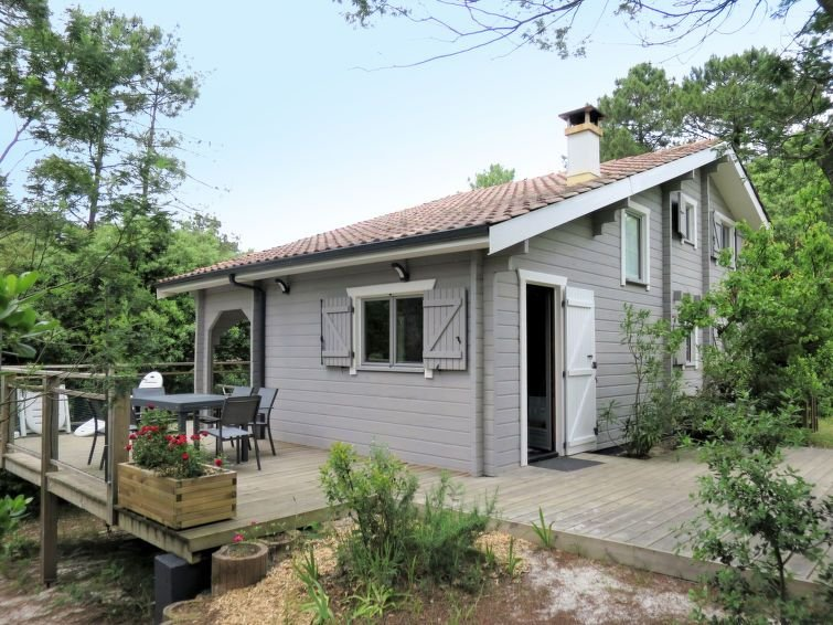 Vacation home in Carcans - Maubuisson, Aquitaine - 8 persons, 4 bedrooms, vacation rental in Carcans