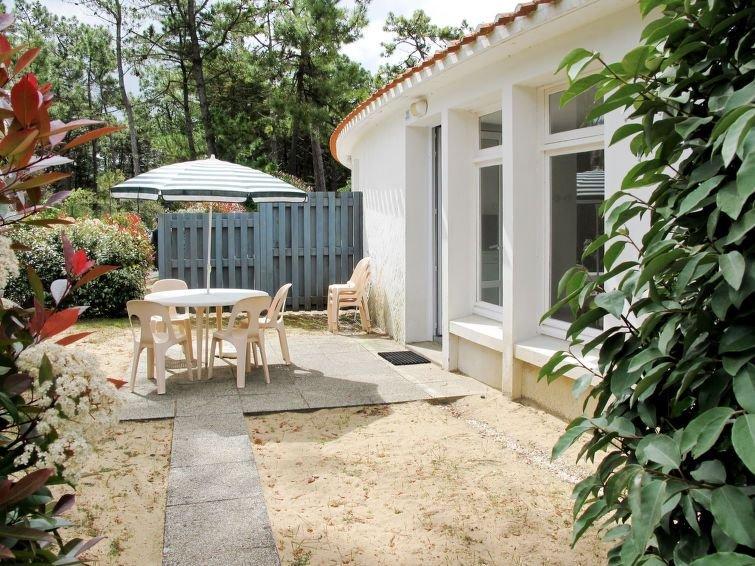 Ferienhaus Hameau Océan (SHR102) in Saint Hilaire de Riez - 6 Personen, 2 Schlaf, holiday rental in Saint-Hilaire-de-Riez