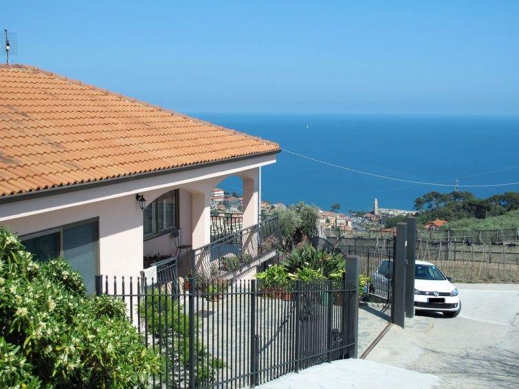 Ferienwohnung La Pineta (SLR112) in San Lorenzo al Mare - 7 Personen, 3 Schlafzi, location de vacances à Lingueglietta