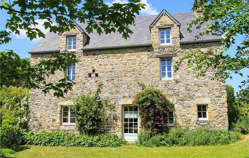 4 Zimmer Unterkunft in Monthuchon, location de vacances à Saint-Michel-de-la-Pierre