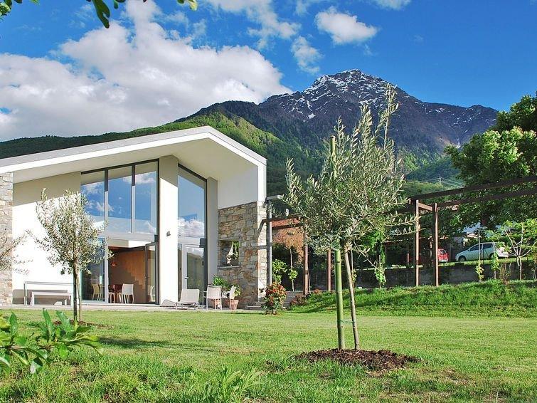 Vacation home Villa Baila  in Colico (LC), Lake Como - 6 persons, 2 bedrooms, holiday rental in Dubino