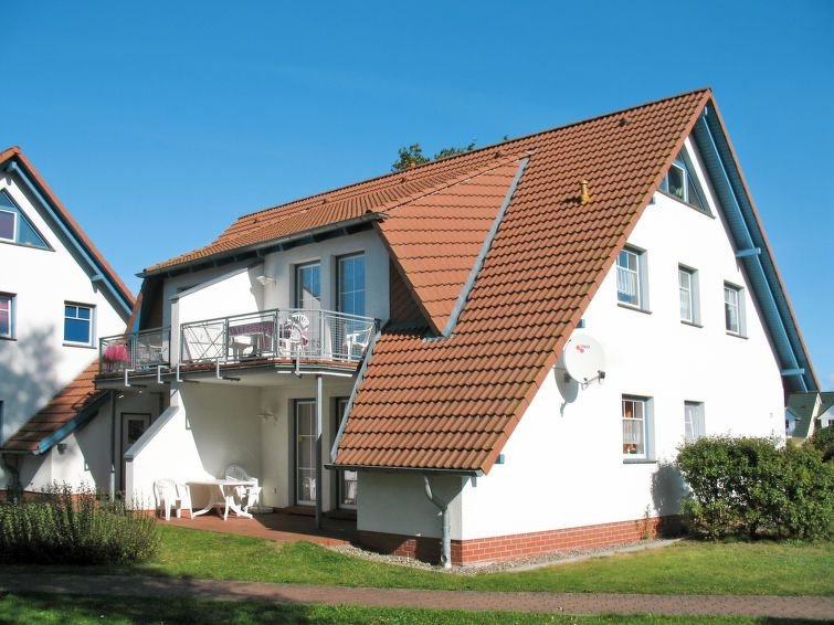 Apartment Fewo Gartenstrasse  in Karlshagen, Usedom - 6 persons, 2 bedrooms, holiday rental in Karlshagen