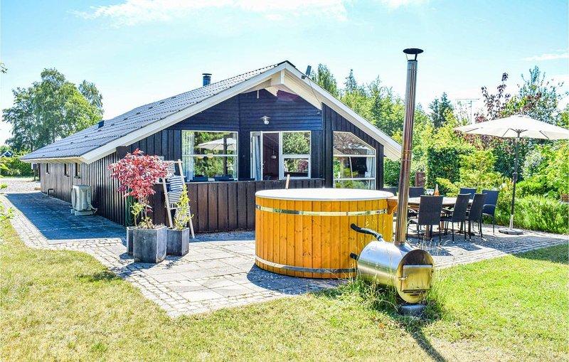 3 Zimmer Unterkunft in Skibby, aluguéis de temporada em Jaegerspris
