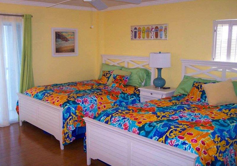 Luxurious Beach Condo on Siesta Key 605 South, aluguéis de temporada em Siesta Key