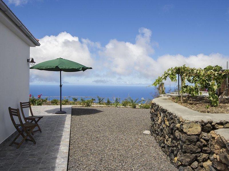 Casa Julio - Holiday Home in El Paraíso, location de vacances à Todoque