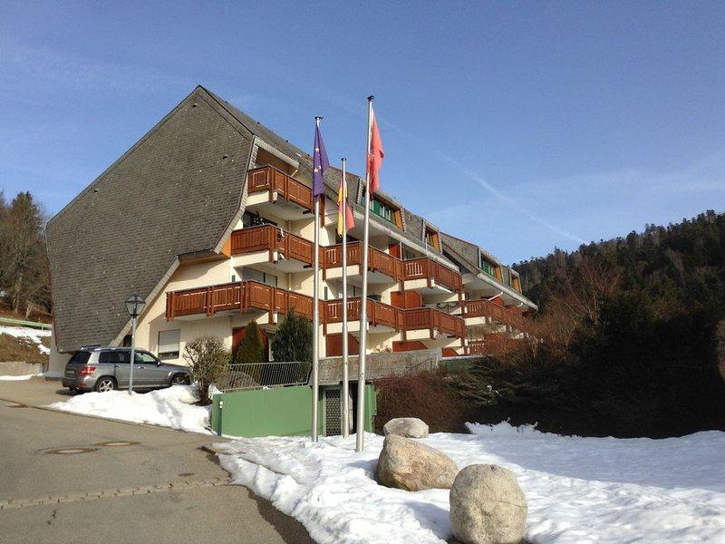 Ferienwohnung  mit 2 Schlafzimmer,Balkon und Blick auf Todtmoos, holiday rental in Herrischried