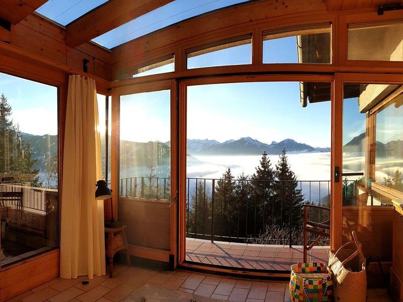 Ferienhaus 'Gipfelglück' mit atemberaubendem Ausblick, vacation rental in Alpbach