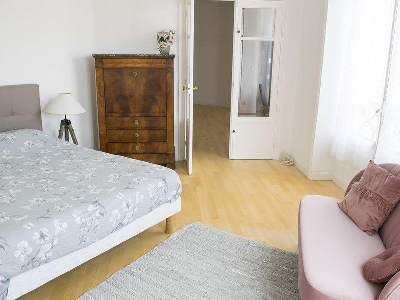 Appartement hyper centre Pau, vacation rental in Saint-Laurent-Bretagne