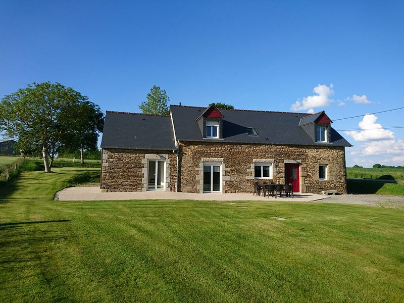 Gîte de campagne près du Mont Saint Michel, location de vacances à Antrain