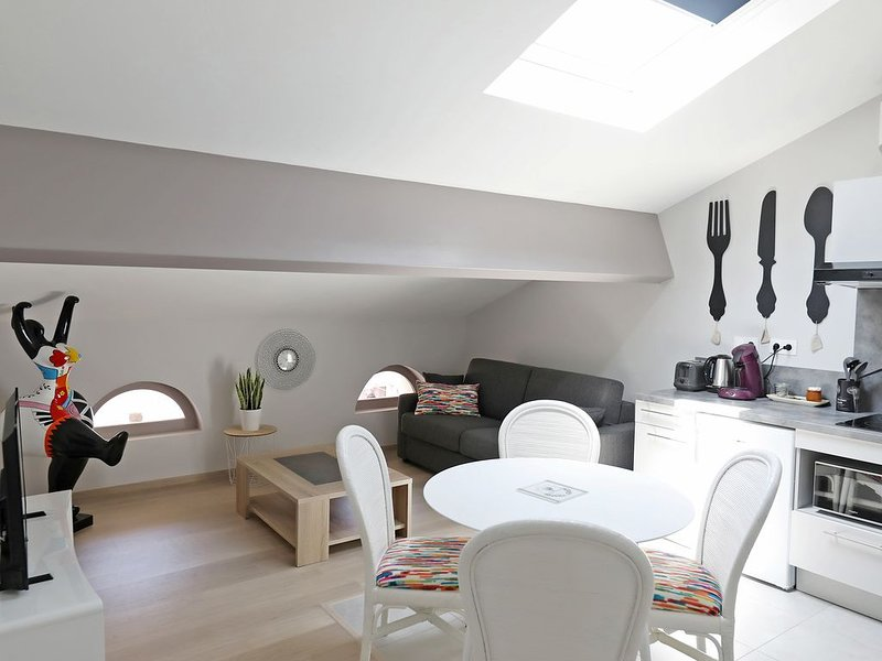 Apparthotel Le Porta 5, holiday rental in Serenac