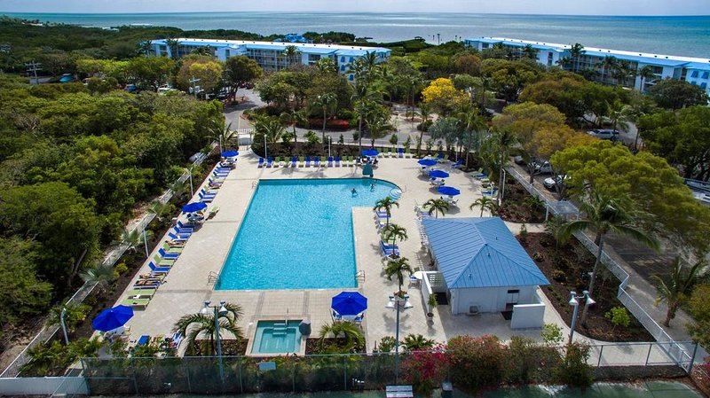 OCEAN FRONT 2BR / 2BA CONDO & MARINA RESORT IN TAVERNIER, FLORIDA KEYS, location de vacances à Key Largo