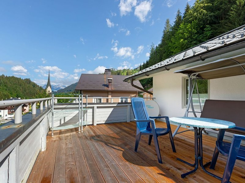 Lovely Holiday Home in Hüttau near Salzburg Airport, holiday rental in Pfarrwerfen