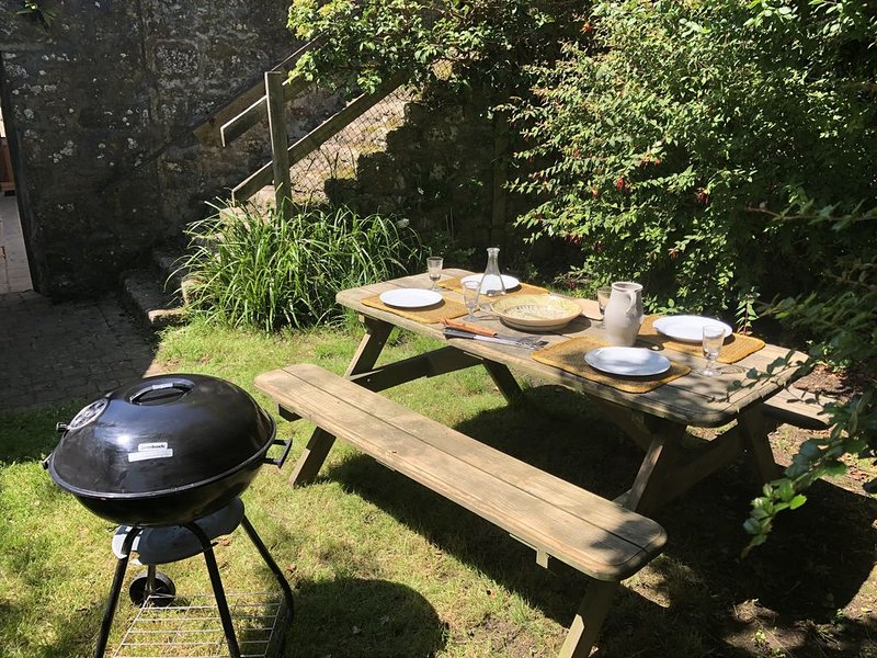 Apple Retreat  - A private, very secluded retreat., vacation rental in Penzance