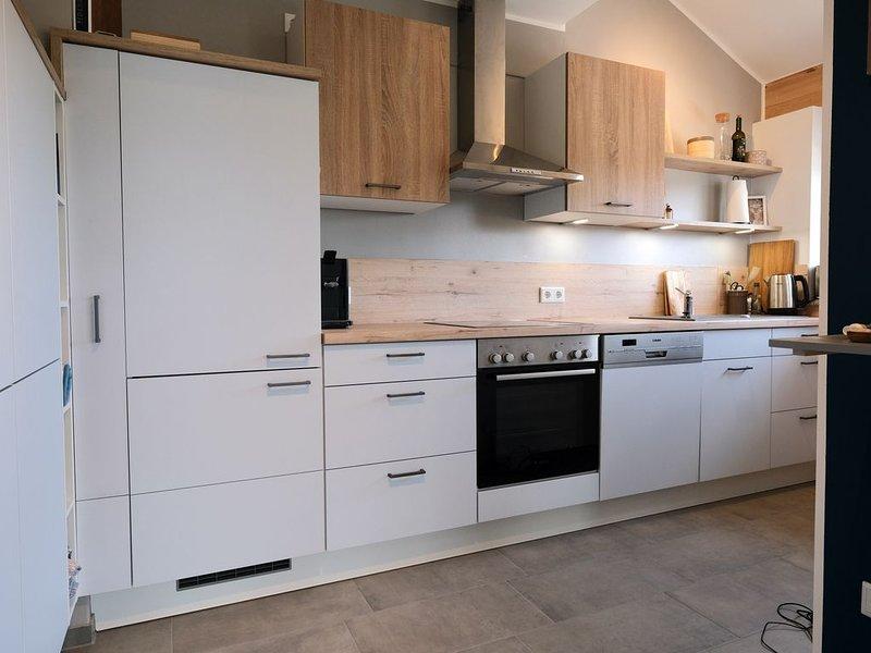 Moderne helle, neue Ferienwohnung, location de vacances à Feldkirchen-Westerham
