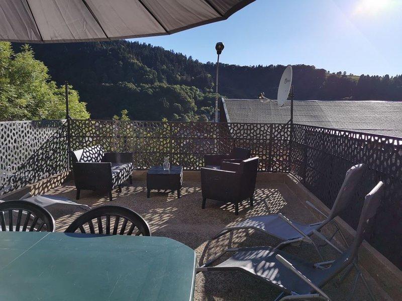 APPARTEMENT MONT DORE AVEC TERRASSE ET GARAGE (5 PERS) - CURES OU VACANCES -, holiday rental in Le Mont-Dore