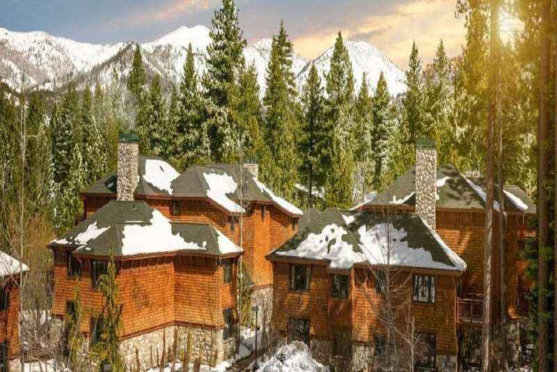 Luxurious Hyatt High Sierra Lodge- Two Bedroom. Outstanding location!, holiday rental in Carson City